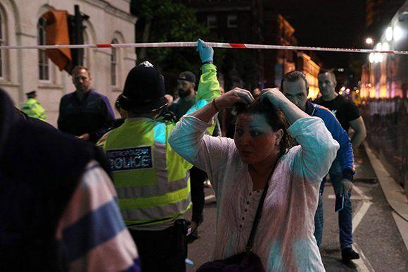 Los londinenses impactados por otro nuevo ataque terrorista. Foto: Getty.