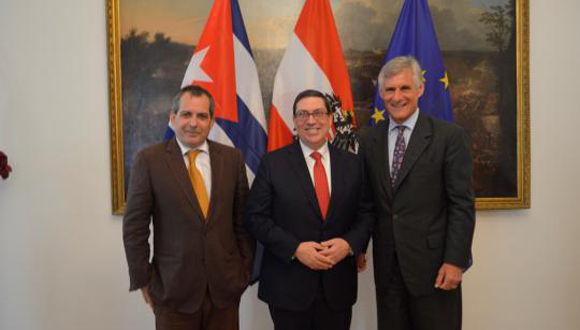 Ministro de Relaciones Exteriores de Cuba sostiene encuentro con el Secretario General del Ministerio de Exteriores de Austria. Foto: Embacuba Austria.