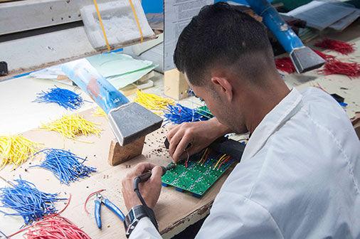 La fábrica de componentes electrónicos Ernesto Che Guevara, Pinar del Rio. Foto: Guerrillero