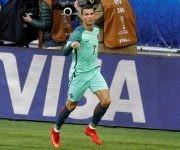 Cristiano Ronaldo marca el gol de la victoria ante Rusia en la Copa Confederaciones. Foto tomada de Marca.