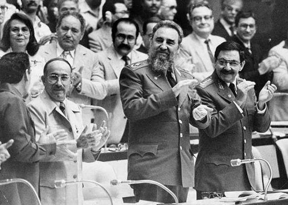 Raúl Castro ratifica su apoyo al Gobierno venezolano