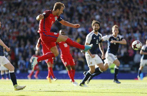 El momento del golazo de Harry Kane en el minuto 93'. Foto: Twitter.