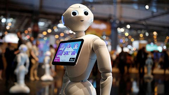 El robot humanoide Pepper en la conferencia Viva Technology de París. Foto: Reuters.