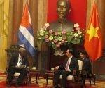 Tran Dai Quang junto a Esteban Lazo. Foto: PL.