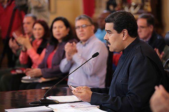 """""""la campaña mundial para imponer sobre Venezuela es una intervención internacional"""", dice Nicolás Maduro. Foto: Prensa de Miraflores."""