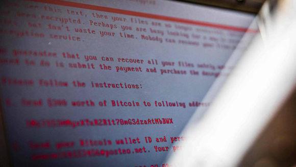 Un portátil infectado con el virus Petya. Foto: AFP.
