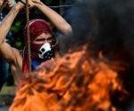 Un manifestante durante la protesta de la oposición en Caracas, capital, 10 de junio de 2017.