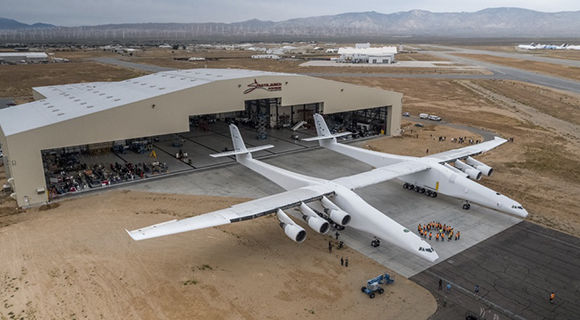 stratolaunch-rollout