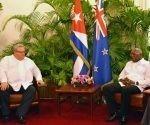 El Vicepresidente del Consejo de Estado, Salvador Valdés Mesa, recibió en la mañana de este miércoles al ministro de Relaciones Exteriores de Nueva Zelandia, Honorable Gerry Brownlee. Foto: Modesto Gutiérrez.