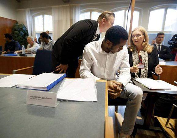 Voleibolistas cubanos en el tribunal de Tampere. Foto: AFP.