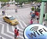 La provincia de Holguín ya tiene al menos una zona WiFi en cada municipio. Foto tomada de Visión desde Cuba.