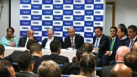Reunión de militantes del PSDB. Foto: Agência Brasil.