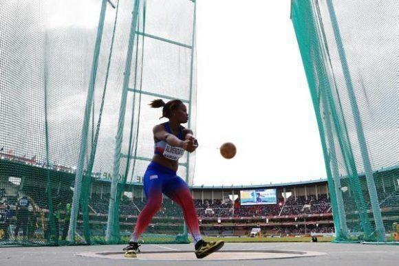 Amanda Almendariz, Campeona Mundial entre Cadetes en el Martillo. Foto: Getty Images.