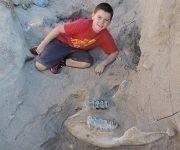 Jude Sparks se topó con los huesos durante un viaje con su familia. Foto: RT.