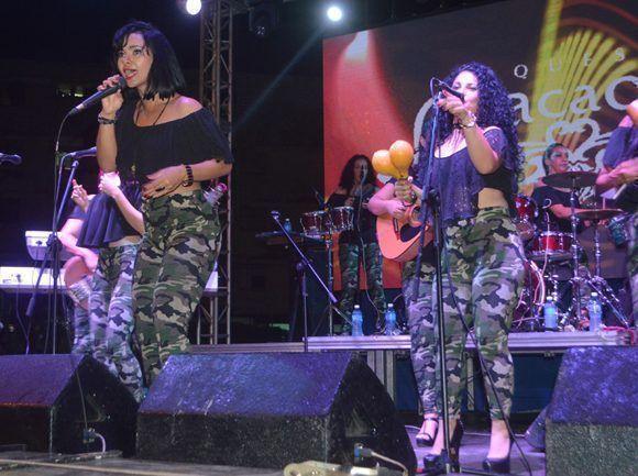 Anacaona, concierto en Alamar. Foto: Marianela Dufflar/ Cubadebate.