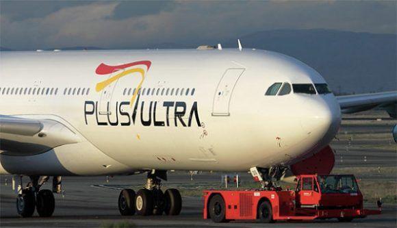 Avión de la aerolínea Plus Ultra. Foto tomada de Loginews.
