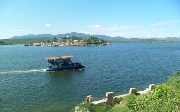 Bahía de Santiago de Cuba. Foto: Iris Cruz Núñez / Cubadebate