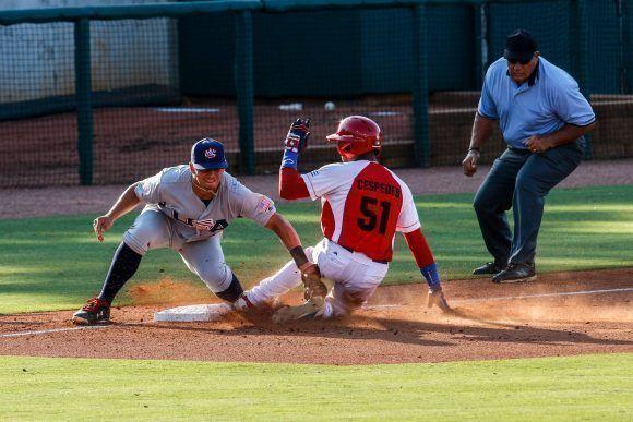 Cuarto juego del tope amistoso entre las selecciones de Cuba y Estados Unidos, realizado en el complejo nacional de entrenamiento de la organización USA Baseball, en Carolina del Norte, Estados Unidos, el 06 de julio de 2017. ACN FOTO/Abel PADRÓN PADILLA