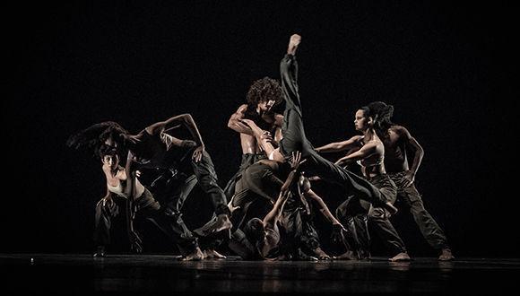 Espectáculo de Danza Contemporánea de Cuba. Foto: Carlos Mera.