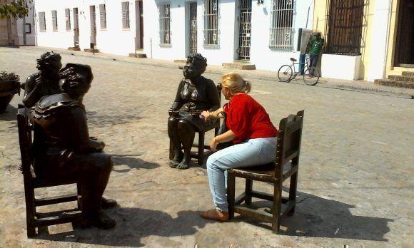 En la Plaza del Carmen, Camagüey. Foto: José Luis Milán Herrera / Cubadebate