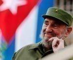 Fidel ya no está físicamente entre nosotros, pero siguen con plena vigencia sus ideas revolucionarias y socialistas, afirmó Ike Nahem, uno de los organizadores del homenaje al que acudieron decenas de personas en la sede de la Asociación de Enfermeras del Estado de Nueva York.