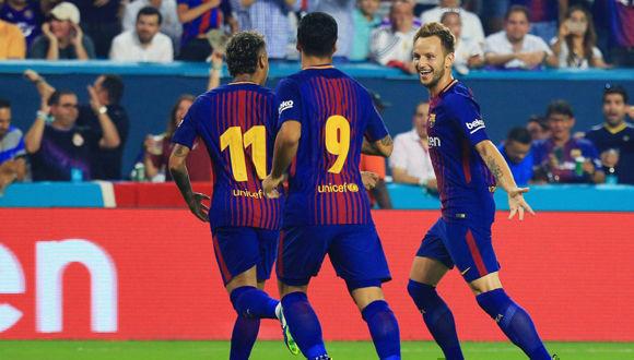 jugadores-del-barcelona-celebran-el-gol-de-rakitic