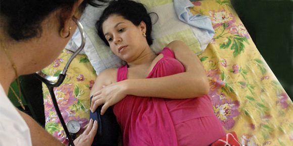 Los hogares maternos para las mujeres con riesgos en sus embarazos contribuyen a la reducción de la mortalidad infantil en nuestro país. natalidad cuba mujeres embarazadas. Foto: Martha Vecino Ulloa/ Bohemia.