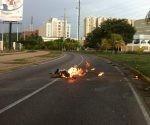 oposicion-quema-a-otro-hombre-en-venezuela