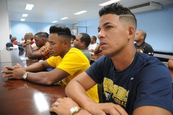 Algunos integrantes del conjunto en la reunión donde se dio a conocer la nómina. Foto: Leonel Escalona Furones/ Venceremos.