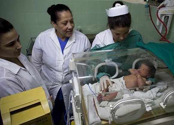El índice de mortalidad infantil del hospital Abel Santamaría es de 0.41 para 2405 nacidos vivos. Foto: Irene Pérez/ Cubadebate.