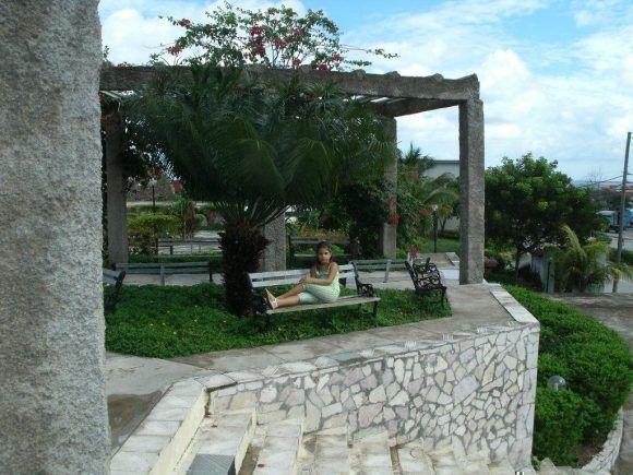 En la Plaza Emiliano Salvador de Puerto Padre , Las Tunas. Foto: Niurvis Caballero Pupo / Cubadebate
