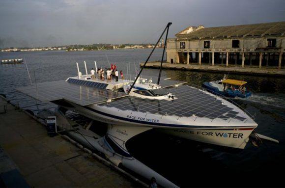 La embarcación race for Water. Foto: Tomada del sitio noticiasambientales.com.ar