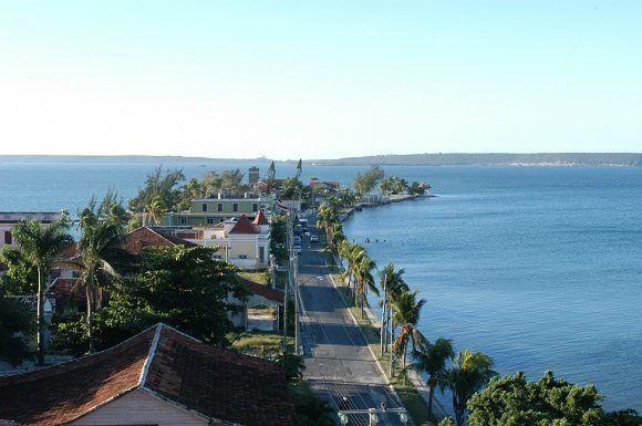 Vista aérea de La Punta, tomada desde el Hotel Jagua, Cienfuegos, Foto: Arelys Duménigo Soler / Cubadebate.
