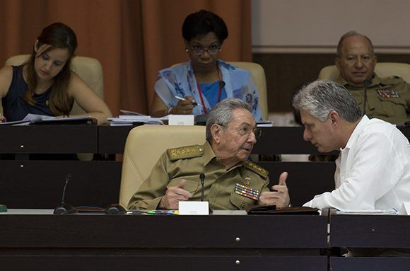 Raul Castro and Miguel Diaz-Canel at the Conventions Palace of Havana. Photo: Irene Perez/Cubadebate.