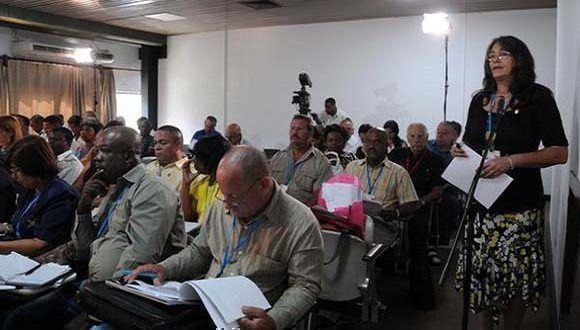 Diputada interviene este lunes en la Asamblea Nacional del Poder Popular, en el capitalino Palacio de Convenciones. Foto: Omara García Mederos/ ACN.