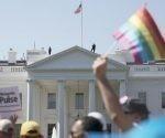 Donald Trump anunció en Twitter que prohibirá que los transexuales sirvan en las fuerzas armadas de su país. Foto: AP.