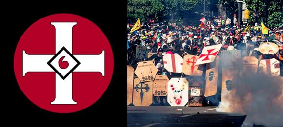 """omo se puede observar, la oposición venezolana utiliza la misma estética de agrupaciones internacionales que practican crímenes de odio. A la izquierda, la cruz ardiente, símbolo del Ku Klux Klan; a la derecha, una manifestación """"pacífica"""" de la oposición venezolana. Foto: Red58."""
