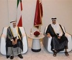 El emir de Kuwait media en la actual crisis diplomática.