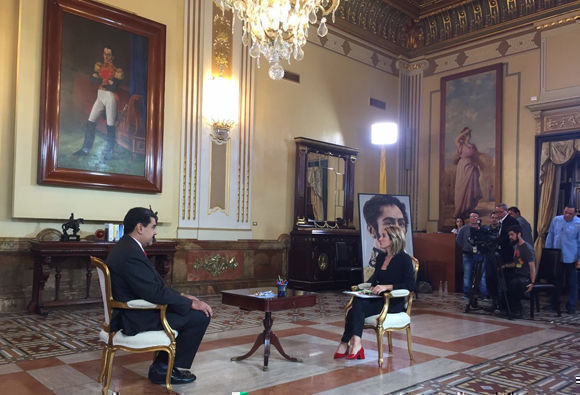 El mandatario venezolano realizó el anuncio en entrevista exclusiva con RT. Foto: Russia Today.