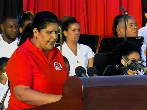 Gladys Verdecia, secretaria del Partido Comunista de Cuba en Pinar del Río durante el acto central por el 26 de Julio. Foto: Captura de Pantalla.