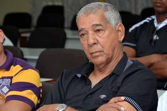 Carlos Martí Santos, ratificado como director del equipo Granma de béisbol que participará en la 57 Serie Nacional, ciudad de Bayamo, provincia de Granma, Cuba, 17 de julio de 2017. Foto: Armando Ernesto Contreras/ ACN.