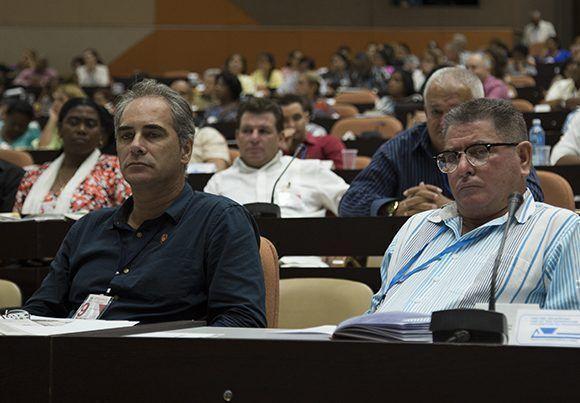 La ley de aguas terrestres contribuirá a la preservasión del vital líquido en el país. Foto: Irene Pérez/ Cubadebate.