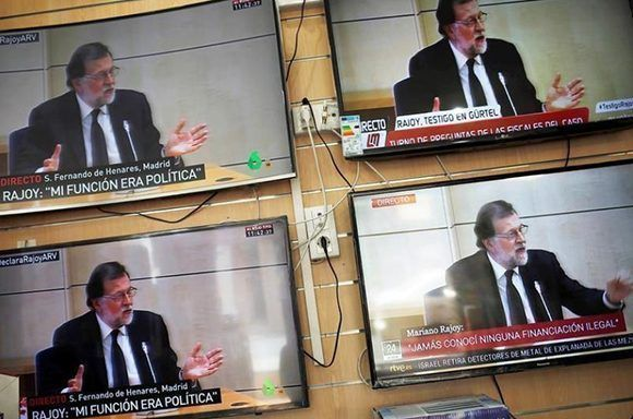 Rajoy negó conocer sobre la enorme corrupción que afecta al Partido Popular. Foto: Reuters.