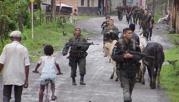 Militares colombianos en zonas rurales. Foto: Europa Press.