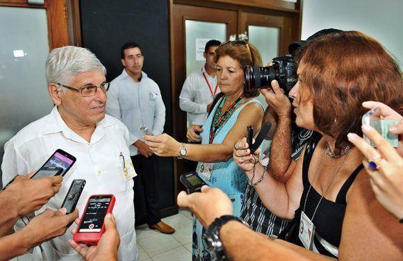 Carlos Zamora, Director de Amèrica Latina y el Caribe de la cancillerìa ofrece declaraciones a la Prensa. Foto: José M. Correa/ Granma.