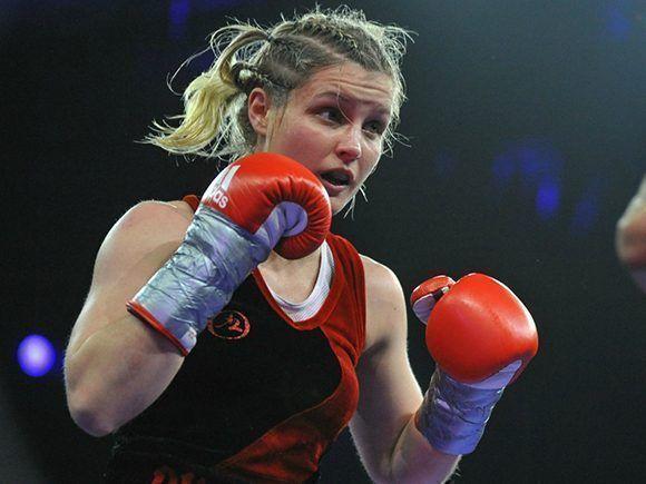 Angelique Duchemin durante el Campeonato Mundial Femenino de Boxeo en París en mayo del 2016. Foto: Anthony Dibon/ Icon Sport.