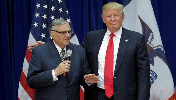 Donald Trump junto al ex sheriff Joe Arpaio durante la campaña electoral del presidente en 2016. Foto: Reuters.
