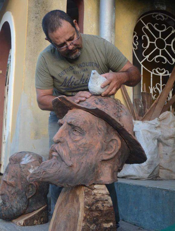 El Quijote de América, escultura de Félix Madrigal dedicada a Fidel Castro. Foto: Oscar Alfonso / Escambray