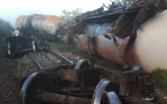 Se descarrila tren de carga en Villa Clara. Foto: Arturo Chang / Vanguardia