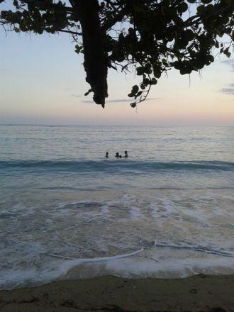 En las playas cienfuegueras. Foto: Yoandy Sánchez / Cubadebate